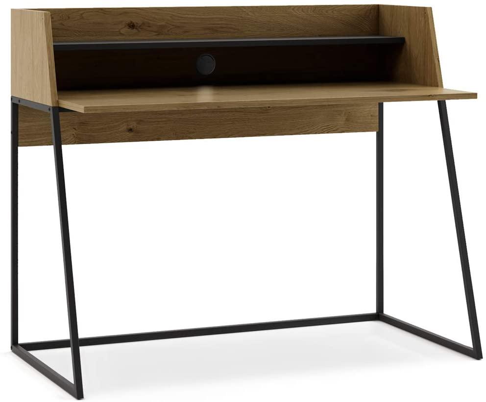 Mesa con amplio cajón